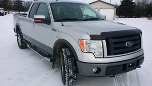 LOW PRICE ..LOW KM!!! 2009 FORD FX4