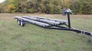 Tritoon  pontoon trailer