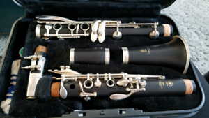 Yamaha YCL450 Wooden/Silver Clarinet