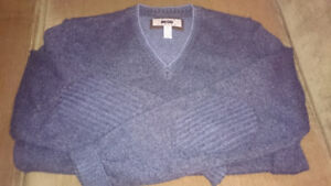 4 Men's Sweaters - Great Quality and Condition