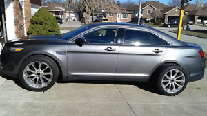 2013 Ford Taurus Limited with extra tires for Sale!