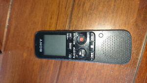 Sony Digital Voice Recorder (ICD-PX312)