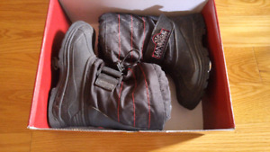 Kids Winter boots size 12