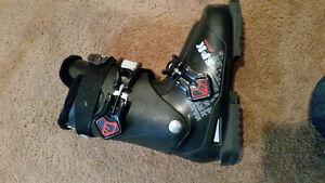 boy/mens ski boot – Solomon SPK