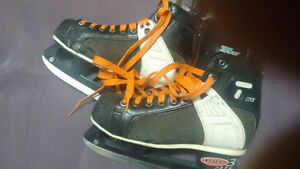 CCM Pro3 lite Tacks 650 Hockey Ice Skates Size 6