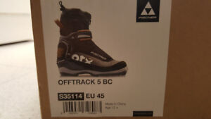 Off-track XC-ski boots (size EU 45) - As new