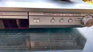 Panasonic DVD player S-35, wires and remote Kingston Kingston Area image 2