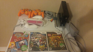 Nintendo Wii plus 3 games and controllers