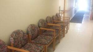 Waiting room chairs London Ontario image 1