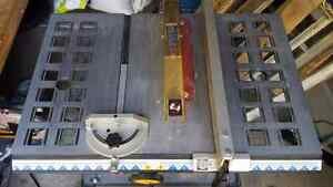 "Robin 10"" table saw with 4 blades Gatineau Ottawa / Gatineau Area image 2"