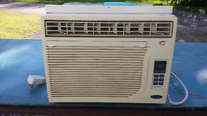 CARRIER AIR CONDITIONER, CLIMATISEUR CARRIER