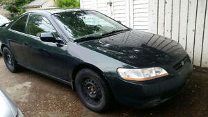 2000 Honda Accord Coupe (2 door)