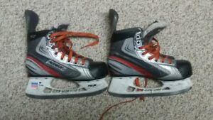 BAUER X30 Vapour Hockey Skates youth 13.5