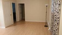 2 Bedroom Sunny Lower Suite in Quiet Departure Bay Neighborhood