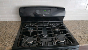 GE gas stove lightly used 3 years old
