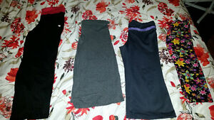 8 Pairs Work Out Leggings and Pants Size Medium
