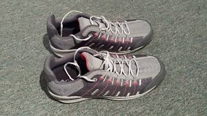 Columbia grey and pink running shoes -- BRAND NEW -- West Island Greater Montréal image 1