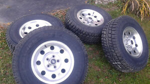 Rare Ford Ranger OEM Rims And Tires 31x10.50x15