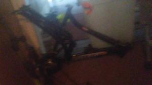 Raleigh frame and fork cheap only 2$
