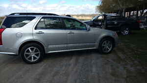 2004 Cadillac SRX    WoW        Like almost new