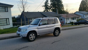 2002 Mitsubishi Other SUV, Crossover
