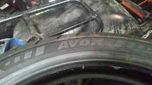 Avon roadrider 110/70r17 7/32 usure comme neuf