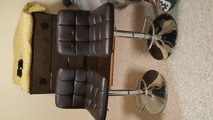 Faux leather 180° chair. Dark brown/ black.