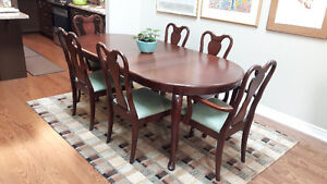 Gibbard Legacy dining table and chairs