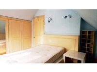 Kingston Big double Room, bills included