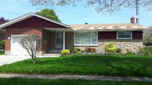 NIAGARA FALLS BUNGALOW FOR LEASE