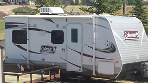 2013 Coleman Trailer RV FOR RENT