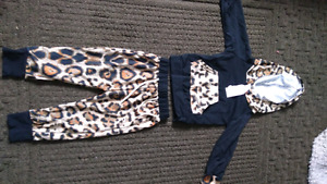 Leopard Print baby outfit. New with tags