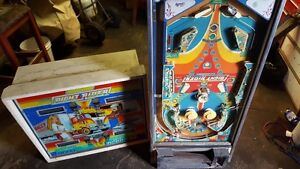LOOKING FOR OLDER STYLE PINBALLS 60,S- 90,S