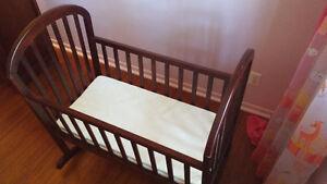 Berceau pour bébé en excellente condition