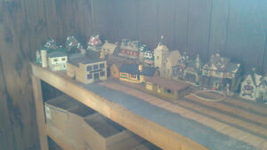 LIONEL TRAIN ENGINES, CARS AND VICTORIAN HOUSES Windsor Region Ontario image 6
