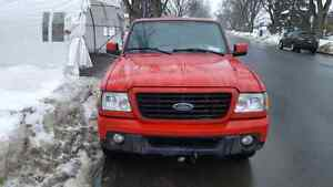 Ford Ranger rouge king cab 2x4