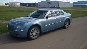 Chrysler 300 Limited (Leather, Nav, Sunroof)