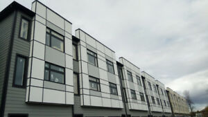 Modern and Stylish 3 bedroom Townhouse Now Available