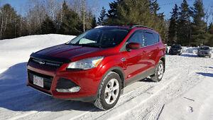2013 Ford Escape SE 4WD!