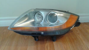 BMW Z4 Headlight Assembly