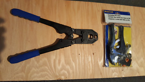 Pex Combo Crimper, Tubing Cutter and Assorted brass fittings