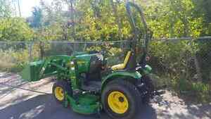 John Deere 2320 with Loader and Mower