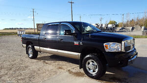2009 Dodge Power Ram 3500 Laramie mega cab Pickup Truck