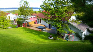 Lovly 3 Bedroom home on large lot in the heart of Clarenville St. John's Newfoundland image 10