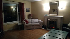 Room for Sublet - 5 Minutes to MUN - Female Student St. John's Newfoundland image 4