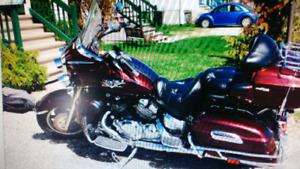 Moto yamaha venture. 30000 milles km environd
