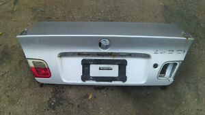200 BMW 323 coupe Trunk lid repairible