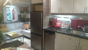 Luxury/Hotel Living Furnished All Inclusive 2 Bed near Universit