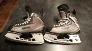 Bauer Boy's Hockey Skates Size 6