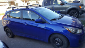 2013 Hyundai Accent with warranty and winter tires